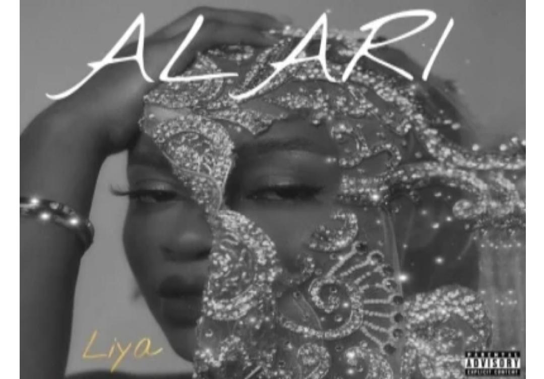 Liya Alari zip